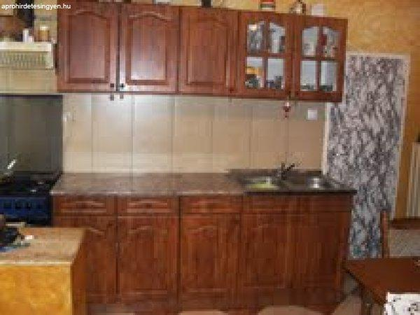 konyha szekrény sor - Eladó Használt - Vác - Apróhirdetés Ingyen