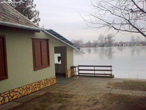 közvetlen vizparti horgász ház eladó - Eladó - Cegléd ...