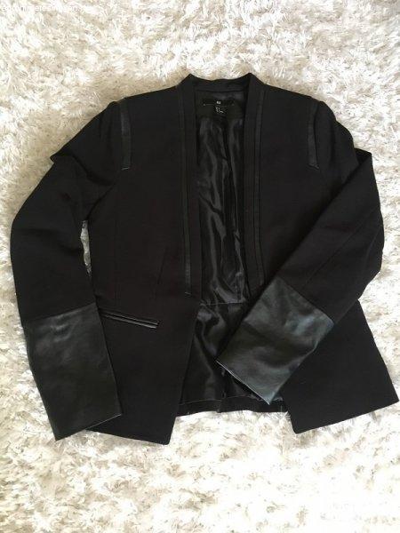 4b1008e03b Bőr díszítésű fekete blézer - Eladó Használt - Eger - Apróhirdetés ...