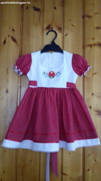 Kislány ruha - Eladó Új - Bicske - Apróhirdetés Ingyen 04118f52c6