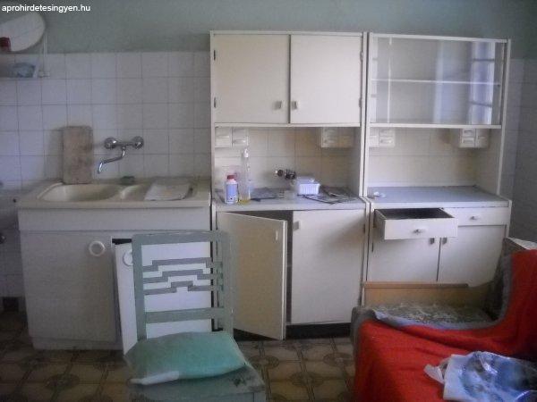 Régi és használt bútorok OlCSÓN!!! - Eladó Használt - Vésztő - Apróhirdetés Ingyen