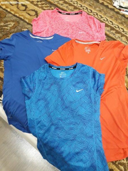 Elad%F3+Nike+n%F5i+P%F3l%F3k