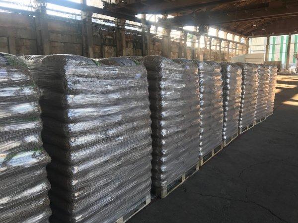 FA+pellets+DIN+A1+premium+min%F5s%E9gben+1050+kg+egy+paletta