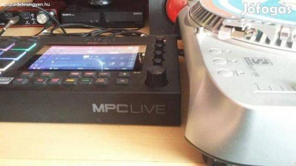 Akai+MPC+-+Live