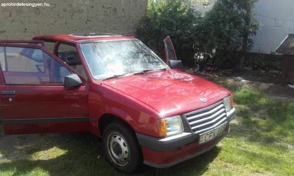 Opel++Corsa+1.0+LS