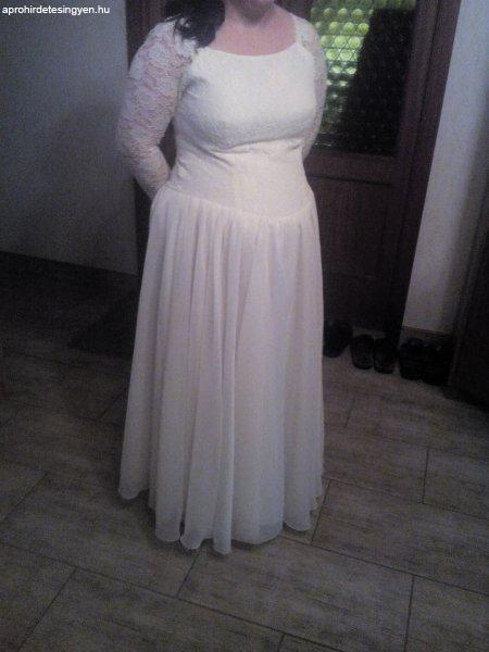 14d702ff04 Menyasszonyi ruha - Eladó Használt - Debrecen - Apróhirdetés Ingyen