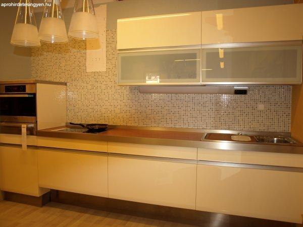 Olasz modern konyhabútor összeállítás féláron eladó! - Eladó Új ...