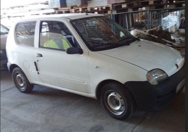 Fiat+Seicento+elad%F3
