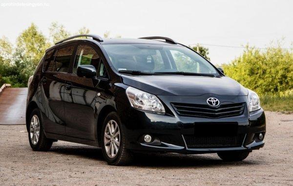Toyota+Verso+2.0+D4D