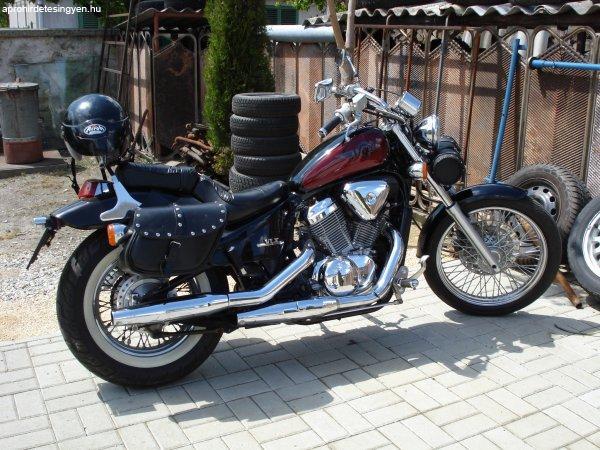 Elad%F3+Honda+Chopper