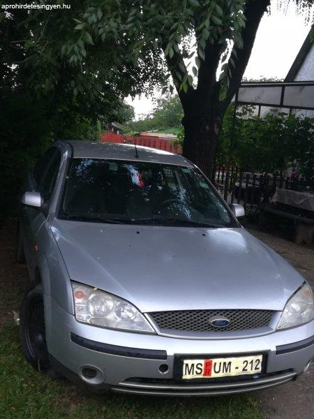 Ford+mondeo+1.8+%282001%29