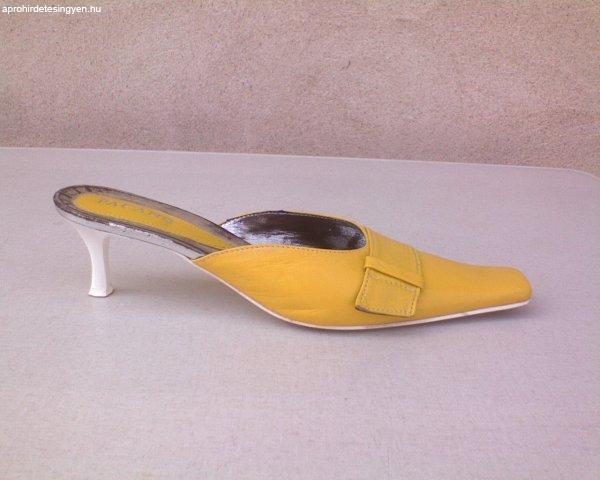 PACAN sárga bőr papucs 40-es
