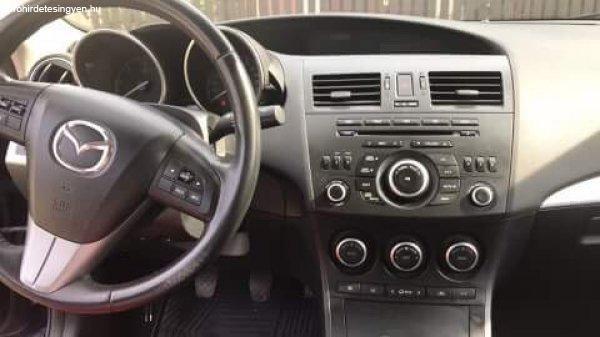 Mazda+3+Sport+elad%F3