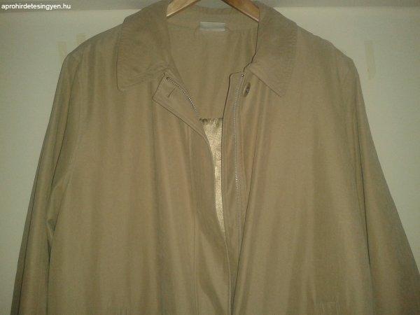 Női átmeneti kabátok *L*