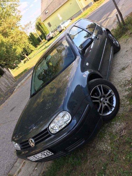 Volkswagen+Golf+4+1.6+16V+105+LE