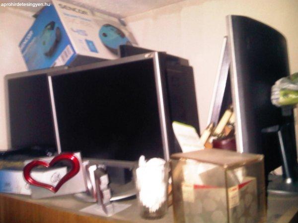 laptopok+monittorok+zamitog%E9p+alkatr%E9sekk+eyy%E9bb