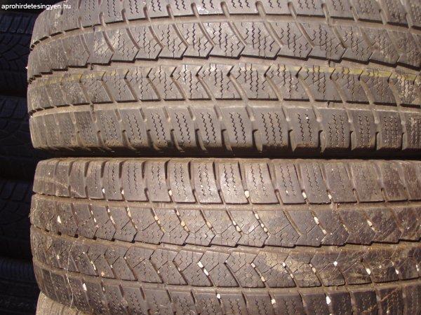 205%2F65R16C+hasznalt+gumi+Michelin+Agilis+Alpin+%E9s+Semperit