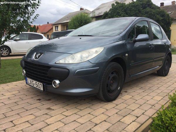 Peugeot+307+1%2C6+D-Sign