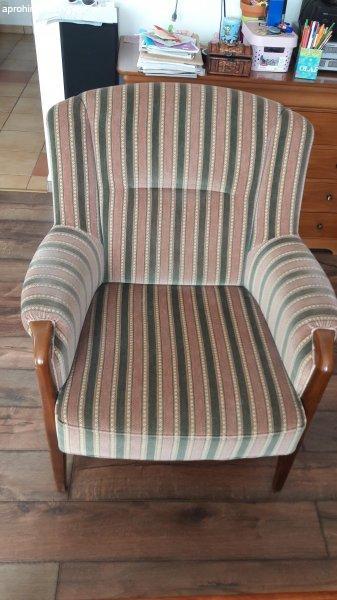 2be24e36b Biedermeier ülőgarnitúra: kanapé + fotel + asztal - Eladó Használt ...
