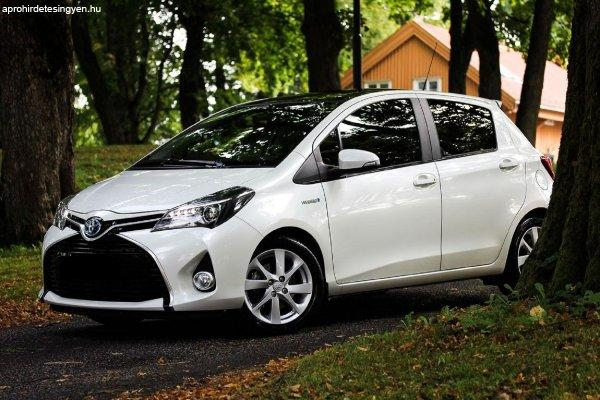 Toyota+Yaris+1%2C5+Hybrid+Style