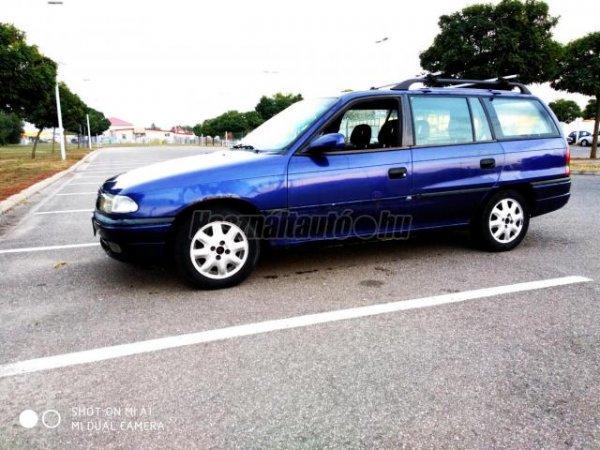 Opela+Astra+elad%F3+vagy+cser%E9lhet%F5+is.
