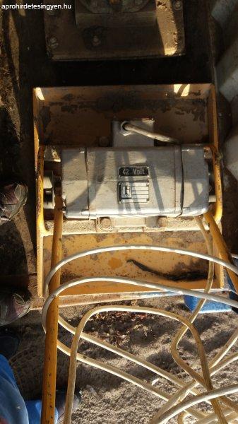 Elektromos+ir%E1nyv%E1lt%F3s+lapvibr%E1tor