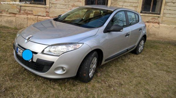 Renault+Megane+1.6+5+ajt%F3s+csak+56000+km-rel%2C+%FAjszer%FB%21