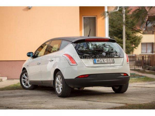 Megk%EDm%E9lt+%E1llapot%FA+Lancia+Delta+1%2C6+Mjet+844