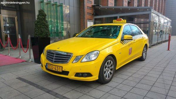 Elad%F3+Mercedes+212+E200+CDI