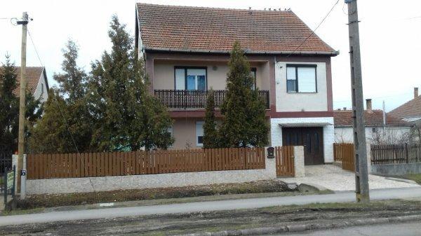 Eladó családi ház Görbeházán