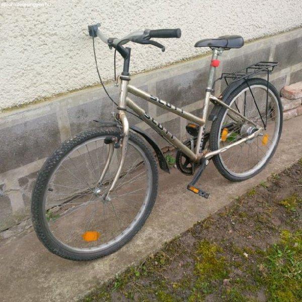 Scott márkájú bicikli