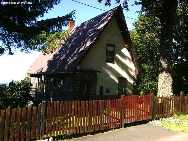 Galyatetőn családi ház eladó