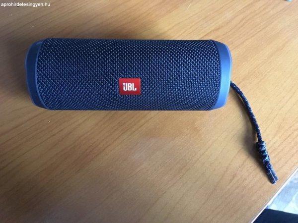 JBL Flip 4 Bluetooth-os hangszóró