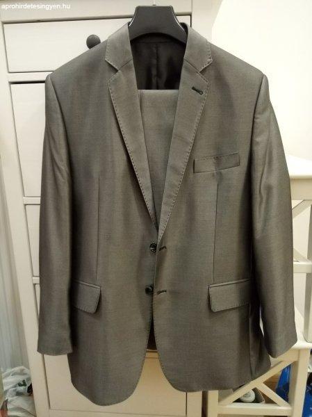 Jó állapotban lévő Fart öltöny eladó!