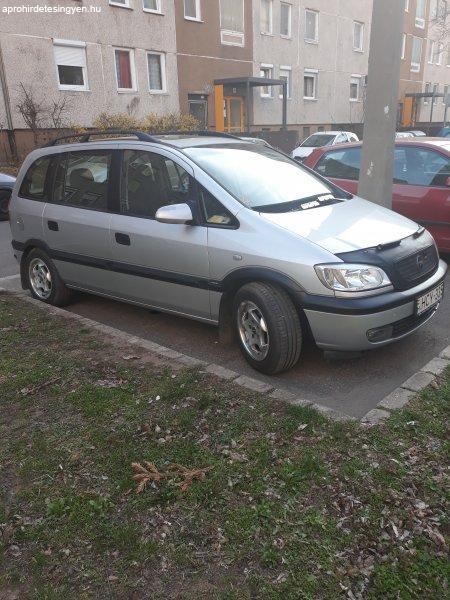 Opel Zafira megkímélt, kevés kilométerrel eladó.