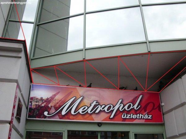 A Metropolban kis üzlet kiadó