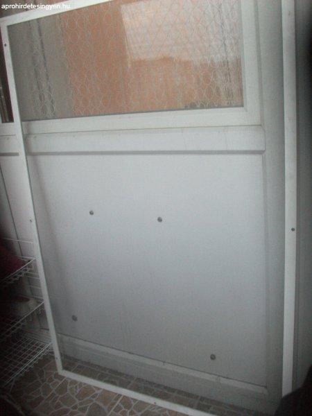 Szúnyogháló fehér műanyag kerettel eladó ablakra