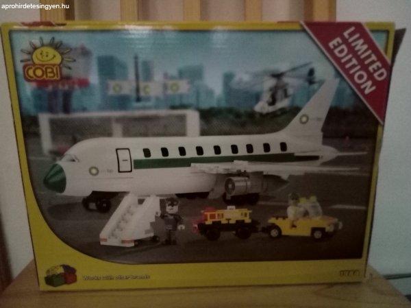 Lego+rep%FCl%F5%2C+rept%E9r+elad%F3