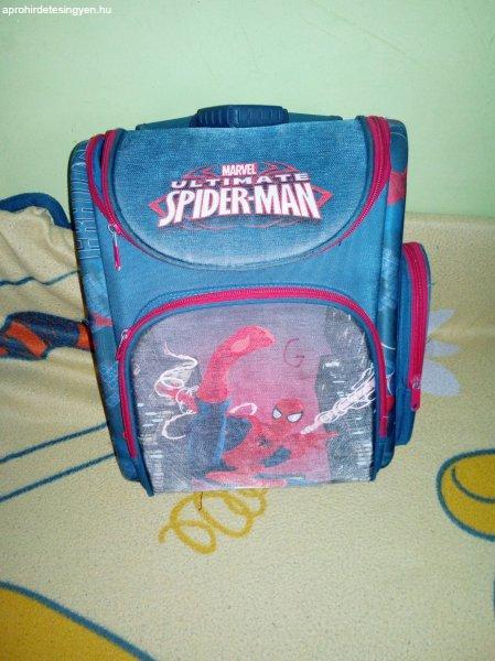 Spider-Man iskolatáska