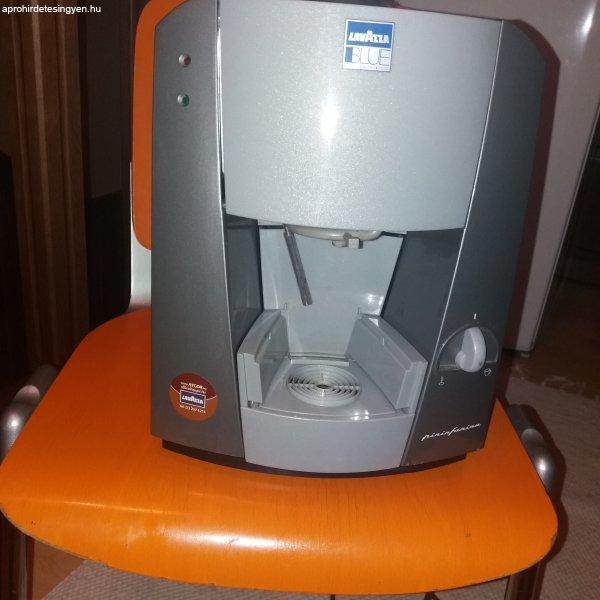Lavazza Blue LB 1001 kapszulás irodai kávégép.