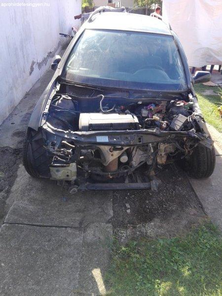 T%F6r%F6tt+Opel+Astra+kombi