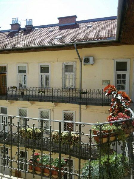 Budapest belváros csendesebb részén lakás eladó