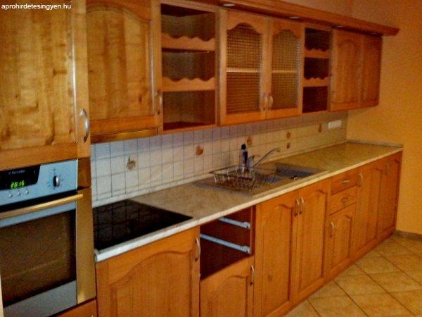 Cseresznyefa konyhabútor gépekkel felszerelve - Eladó Használt ...