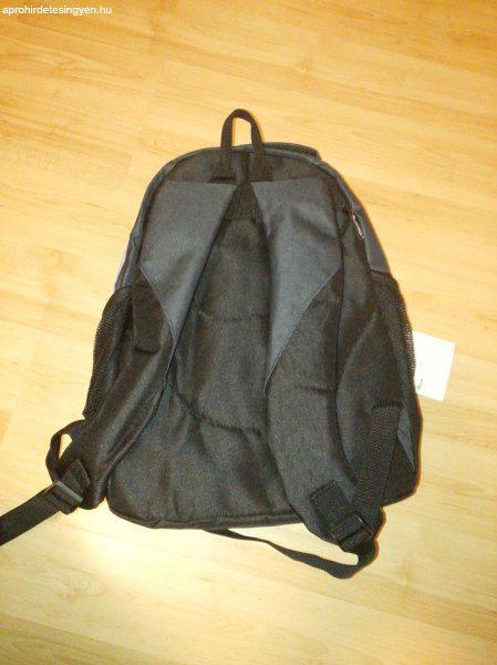 48bd043f6928 Új Adventurer fiú hátizsák eladó Új Adventurer fiú hátizsák eladó