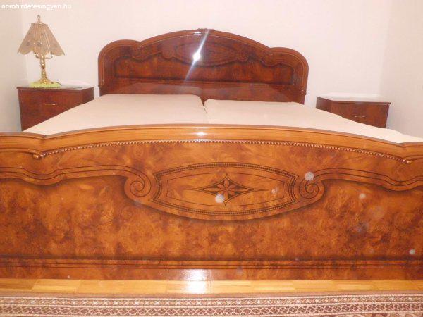 Gyönyörű Olasz hálószoba bútor, ágy éjjeli szekrény, matrac ...