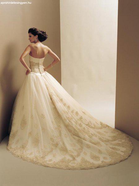 0817c67743 Designer Egyedi Menyasszonyi ruha saját elképzelés alapján Designer Egyedi  Menyasszonyi ruha saját elképzelés alapján ...