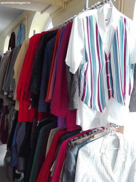 Használt ruha nagy mennyiségben eladó - Eladó Használt - Keszthely ... fc1642f226