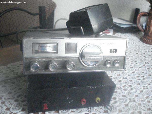CB rádió eladó REALISTIC TRC4 tipusu.