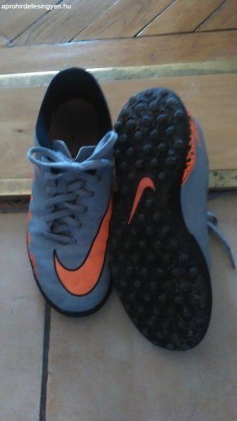 Nike focicipők - Eladó Használt - Budapest XV. kerület ... 7d1cba8126