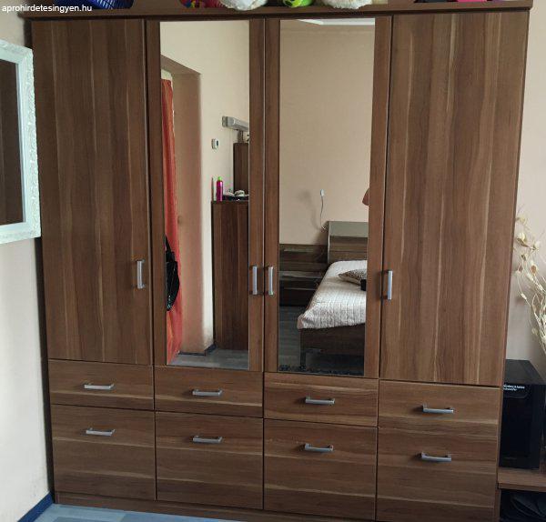 Minőségi hálószoba bútor eladó - Eladó Használt - Demecser ...